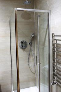 A bathroom at Angel Apartments - Islington
