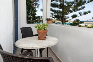 A balcony or terrace at Maistrali Apartments