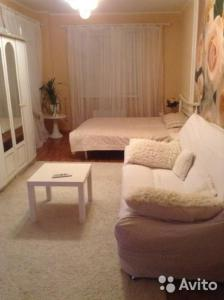 A bed or beds in a room at Фурманова 21, 2 этаж