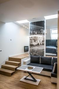 A seating area at Toress Apartamenty
