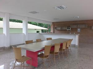 The business area and/or conference room at Apartamento L'Acqua