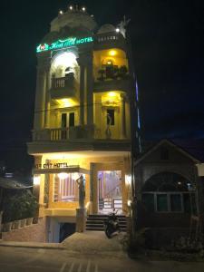 Hoa Đất Hotel