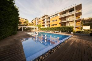 The swimming pool at or near Funchal View Apartments