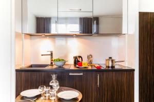 Cuisine ou kitchenette dans l'établissement Hipark by Adagio Serris Val d'Europe