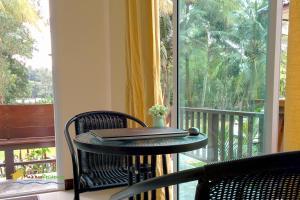 A balcony or terrace at MaiKhao Residence