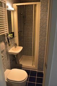 A bathroom at Studios2Let - North Gower