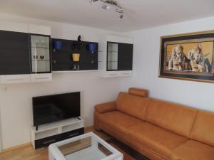 Ein Sitzbereich in der Unterkunft Apartma Bovec