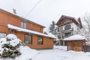 Apartments Mandry during the winter