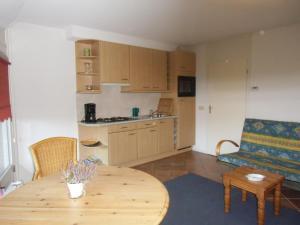 Cuisine ou kitchenette dans l'établissement Scheibershof appartementenverhuur