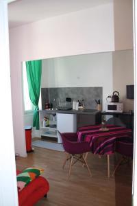 Een keuken of kitchenette bij Casa Ammirati Apartments
