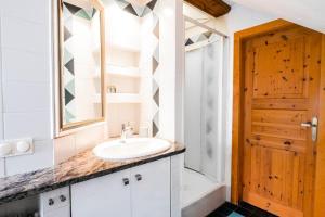 Ein Badezimmer in der Unterkunft Villa Marie