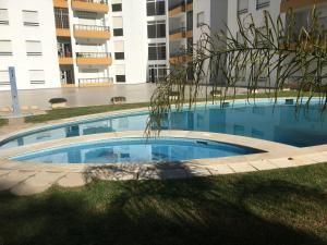 The swimming pool at or near Quiet apartment overlooking the swimming pool