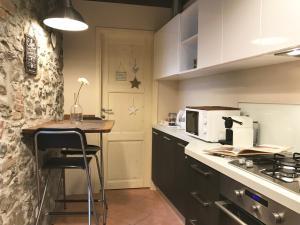 Küche/Küchenzeile in der Unterkunft La Casa di Andrea