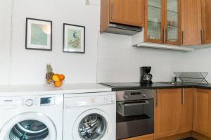 Ett kök eller pentry på Cozy Studio