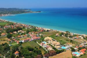 Een luchtfoto van Matoula
