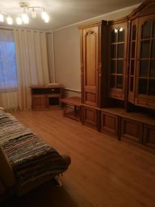 Телевизор и/или развлекательный центр в Апартаменты на Тамбовской