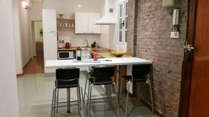 A kitchen or kitchenette at Apartamento La Mar