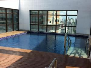 The swimming pool at or near Flat Beach Class