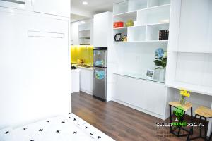A kitchen or kitchenette at Andy's studio near Tan Son Nhat airport, free gym and pool