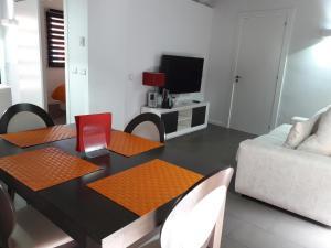 Χώρος καθιστικού στο Apartaments Entre Volcans