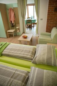 A seating area at Zoi Apartments