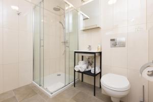 A bathroom at Apartament Hello Halicka 5
