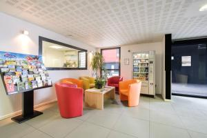 The lobby or reception area at All Suites Dunkerque