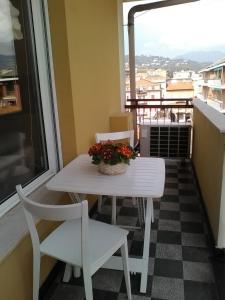 A balcony or terrace at Gim House