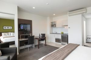A kitchen or kitchenette at Quest Rotorua Central Apartment Hotel