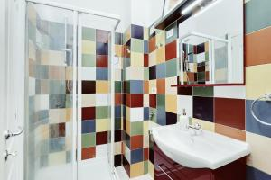 A bathroom at BBhome Trastevere