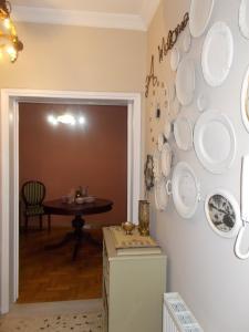 A bathroom at Shabby Chic 3A apartment