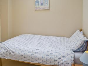 A bed or beds in a room at Bevan