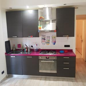 Кухня або міні-кухня у Ottima posizione !