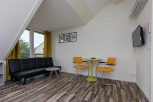 A seating area at Appartementen Renesse