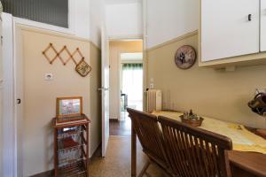 A kitchen or kitchenette at Two-Bedroom Apartment -Kallirrois Athens