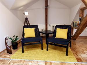 A seating area at Apartment ModernAttic