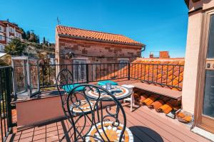 A balcony or terrace at Apartments Lara