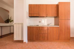 A kitchen or kitchenette at Sonder — San Pietro Vaticano