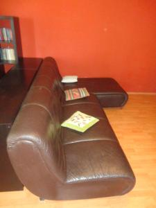 A seating area at Apartment in Bucuresti Titan