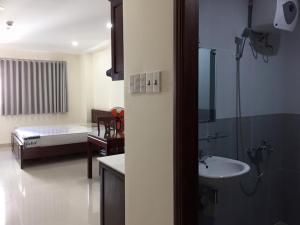 Chau Viet Apartment