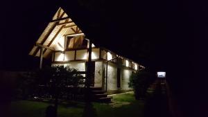Budynek, w którym mieści się willa