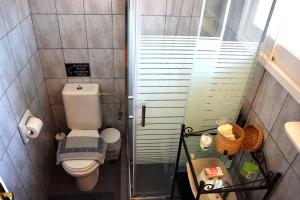 A bathroom at Apartments Despina