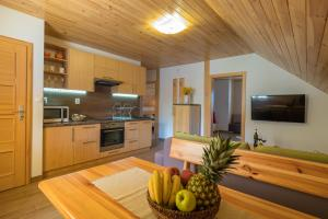 A kitchen or kitchenette at Apartment House Kongen