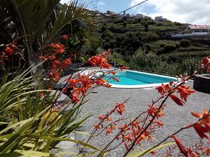 Uma vista da piscina em Casa da Ladeira ou nas proximidades
