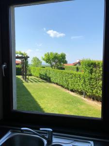 A view of the garden at Ivanovi Kolibi Villa or nearby