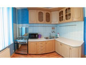 Кухня или мини-кухня в Рядом Буртасы