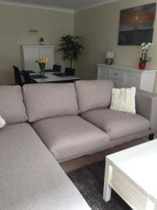 Een zitgedeelte bij Apartments Iris