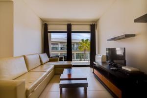 A seating area at Cavalo Preto Beach Resort