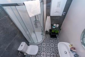 A bathroom at Apartament Maximum