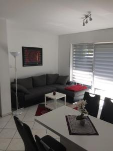 Ein Sitzbereich in der Unterkunft Apartment Schlossblick